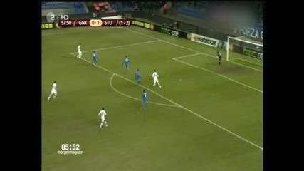 """""""Щутгарт"""" продължава в """"Лига Европа"""" след победа с 2-0 срещу """"Генк"""""""
