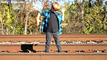 7 - годишно момченце рапира супер яко - We Are Who We Are - Ke$ha