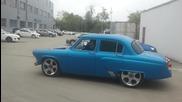 Изненадващо руснак с Волга 21 запали гумите !