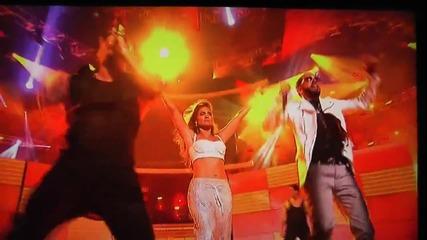 Wisin y Yandel Feat. Jennifer Lopez - Follow The Leader (live American Idol)