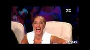 X - Factor 25.9.2014 Участничка пее Видимо Доволни ( Смях )