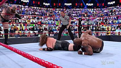Viking Raiders vs. Shelton Benjamin & Cedric Alexander: Raw, April 19, 2021