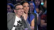 Момиче падна от сцената на X Factor - 12.09.11