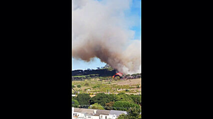 South Africa: Huge fire erupts in Cape Town's Table Mountain