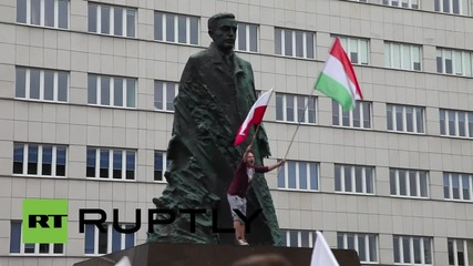 Poland: 5,000 join anti-refugee march in Katowice
