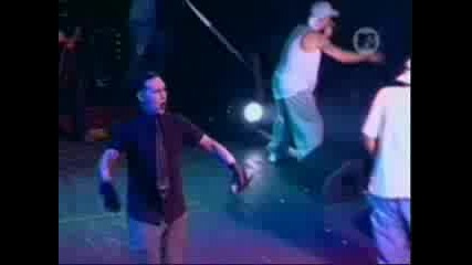 Eminem - The Way I Am [*live*]