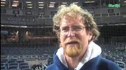 бейзболна бухалка счупи фотопарат шок
