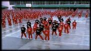 Затворници танцуват на песента Gangnam Style