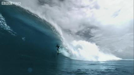Super Slowmotion Surfer - South Pacific