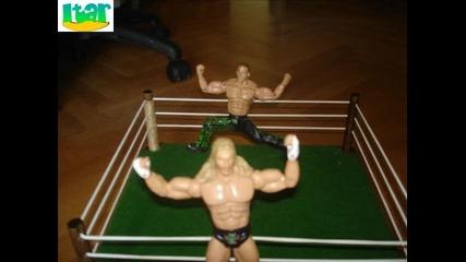 Wwe играчки - Кейн и Гробаря срещу Дегенерация Х
