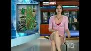 Виктория Синклеър - секси водеща на голи новини - Victoria Sinclair - Sexy Nylon Stockings