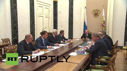 Путин обсъжда бъдещето на космическата програма с шефа с Роскосмос
