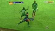Зверски удар в гърлото и преминаване през крака на противник ! Футбол : Танзания - Борунди 2 : 1