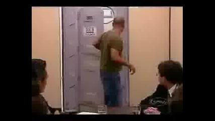 Шега С Тоалетната