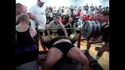 World Record Ryan Kennelly benches 1070