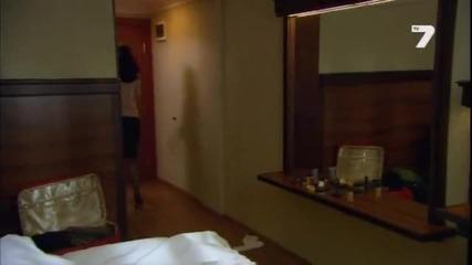 Момичето с червения шал 21 епизод
