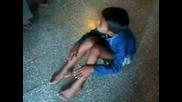Момче С 6 Пръста На Ръцете И Краката