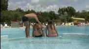 100 % Смях - в басейна