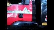 Mounty 4100 8x6 auf schmalem Pfad