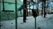 Руснак отново се доказва, като показва своите Street Workout умения! Made in Cccp; Русский спортсмен
