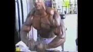 Arnold Schwarzenegger Vs Ronnie Coleman