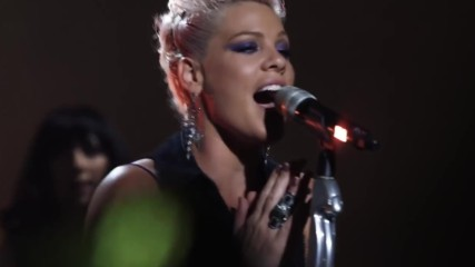 Превод Pink - Try The Truth About Love - Live From Los Angeles