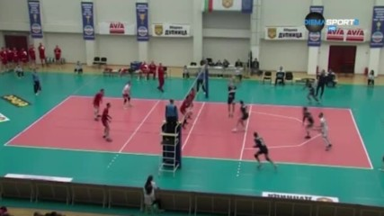 Какво се случи в 8-ия и 9-ия кръг в Суперлигата по волейбол?