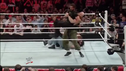 Cm Punk & Daniel Bryan vs The Shield [handicap match + eppic end]