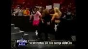 Beth Phoenix vs Santina Marella
