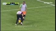 Футболист получава най - неквалифицираната медицинска помощ