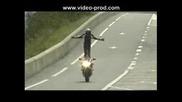 Stunt Moto Burn Willing