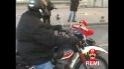 Remi Gaillard (super Mario) С Картинг По Улиците На Марсилия