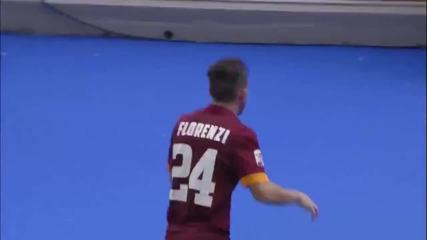 Трогателно! Играч отиде да прегърне баба си след гол