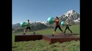 Фитнес със швейцарска топка - 2 от 5