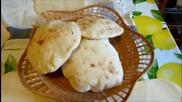 Домашен арабски хляб