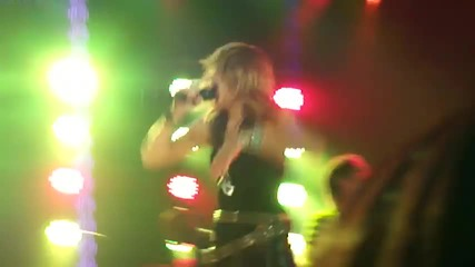 Miley Cyrus - Liberty Walk {live at House of Blues in L.a}