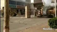 Китайски строители проведоха битка с булдозери