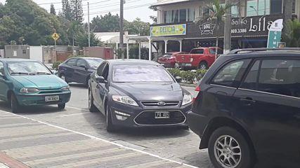 Този бразилски шофьор нямa грижи с паркиране