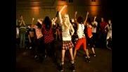 Avril_lavigne_ft_lil_mama - Girlfriend - (remix)