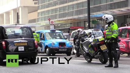 UK: Anti-Uber black cab protesters shut down London