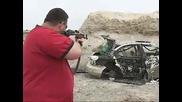 Ak - 47 съсипва автомобил