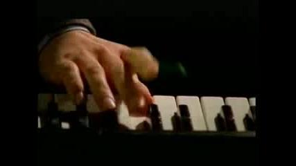 Страхотна Песен - I Monster - Daydream