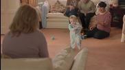 Бебето, което шокира с Gangnam Style изпълнение