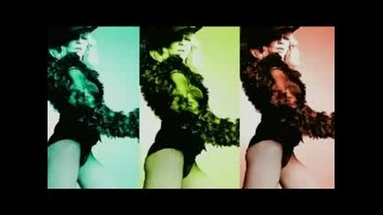 Madonna - Give It 2 Me - 2008