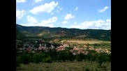 Панорама на село Говежда от местността терасите.
