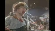 Bon Jovi - My Guitar Lies Bleeding In My Arms - Превод
