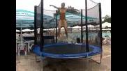 Скачане на батут