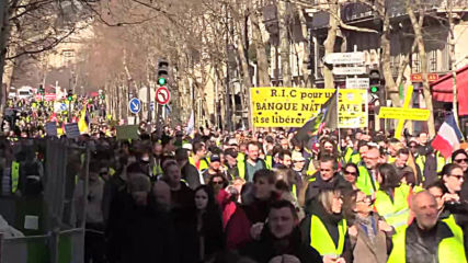 France: Yellow Vest protesters march through Paris