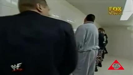 William Regal упикава Big Show