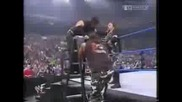 W W F Smackdown - Братята Харди срещу братята Дъдли[мач с маси]